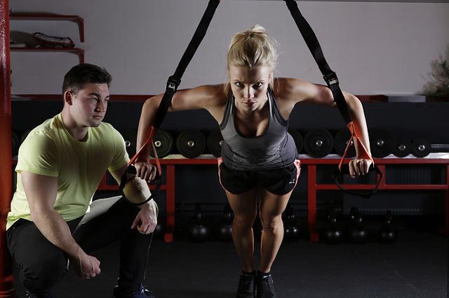Un coach sportif pour perdre du poids